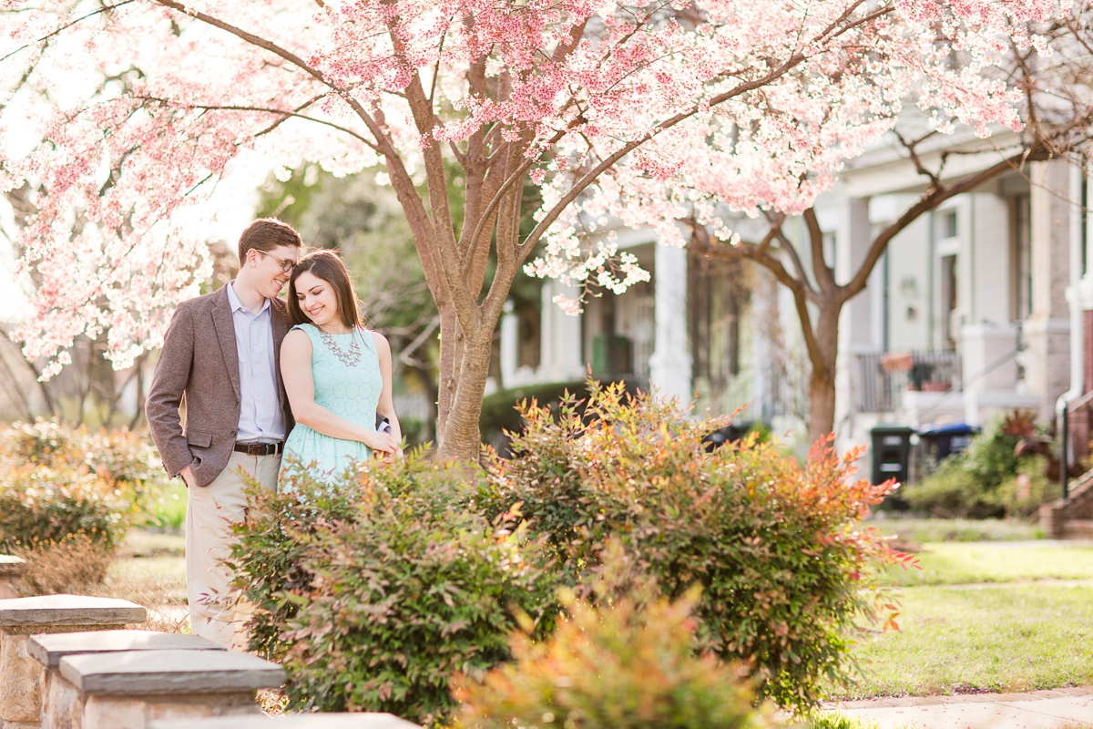 Neighborhood Capital Hill Engagement Pictures DC Wedding Photo_9449