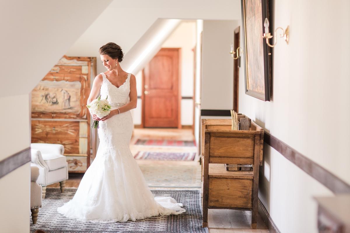A Blush Colored Rustic Williamsburg Winery Wedding Photo_0980