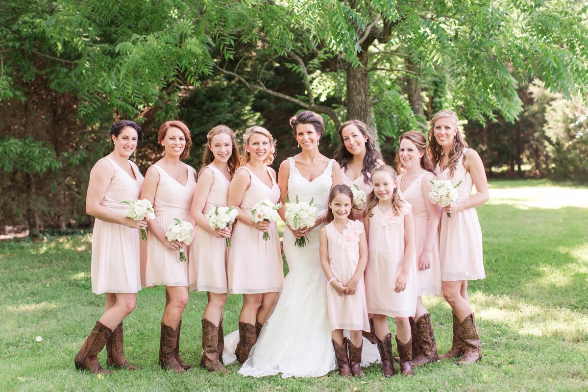 A Blush Colored Rustic Williamsburg Winery Wedding Photo_1003