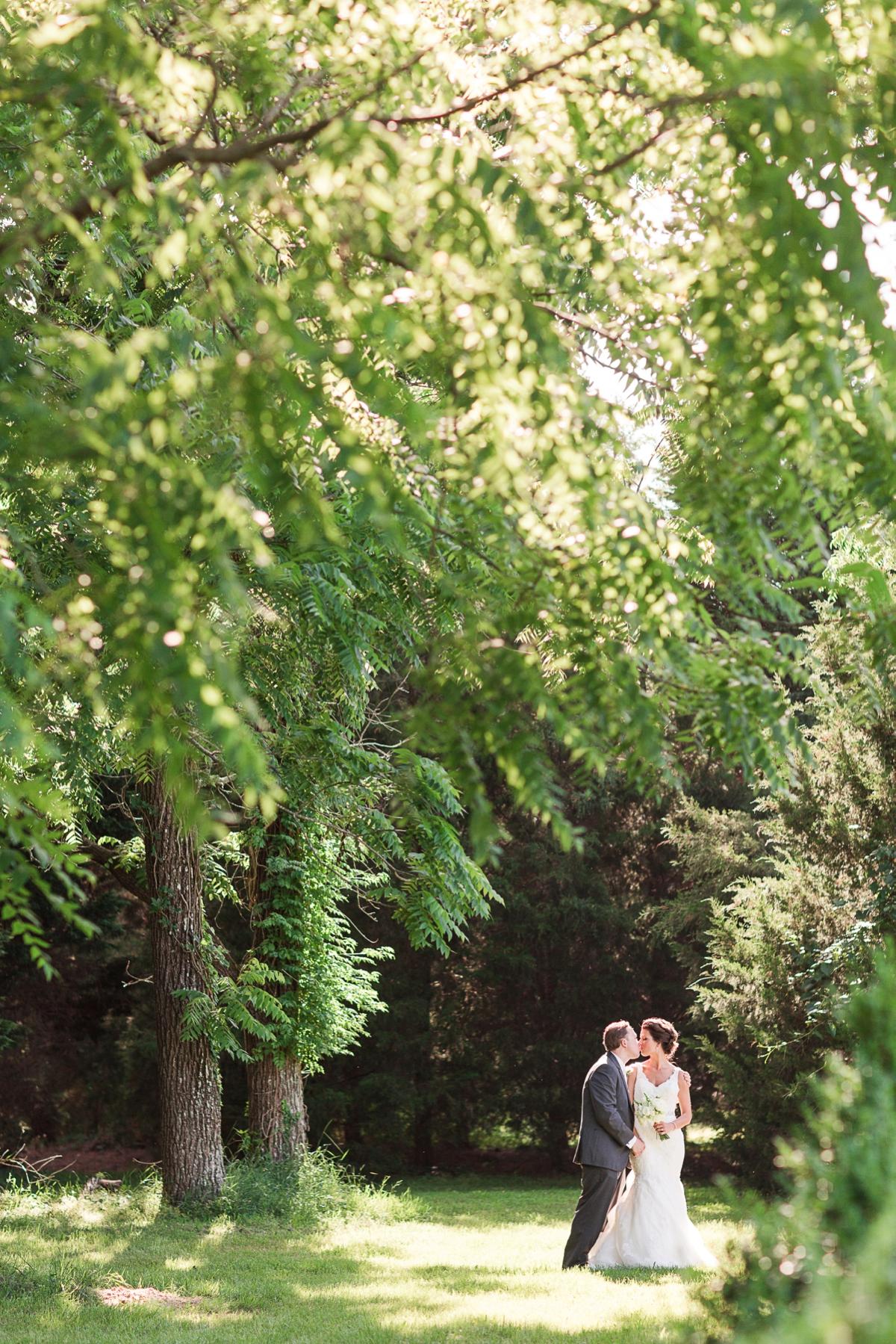 A Blush Colored Rustic Williamsburg Winery Wedding Photo_1004