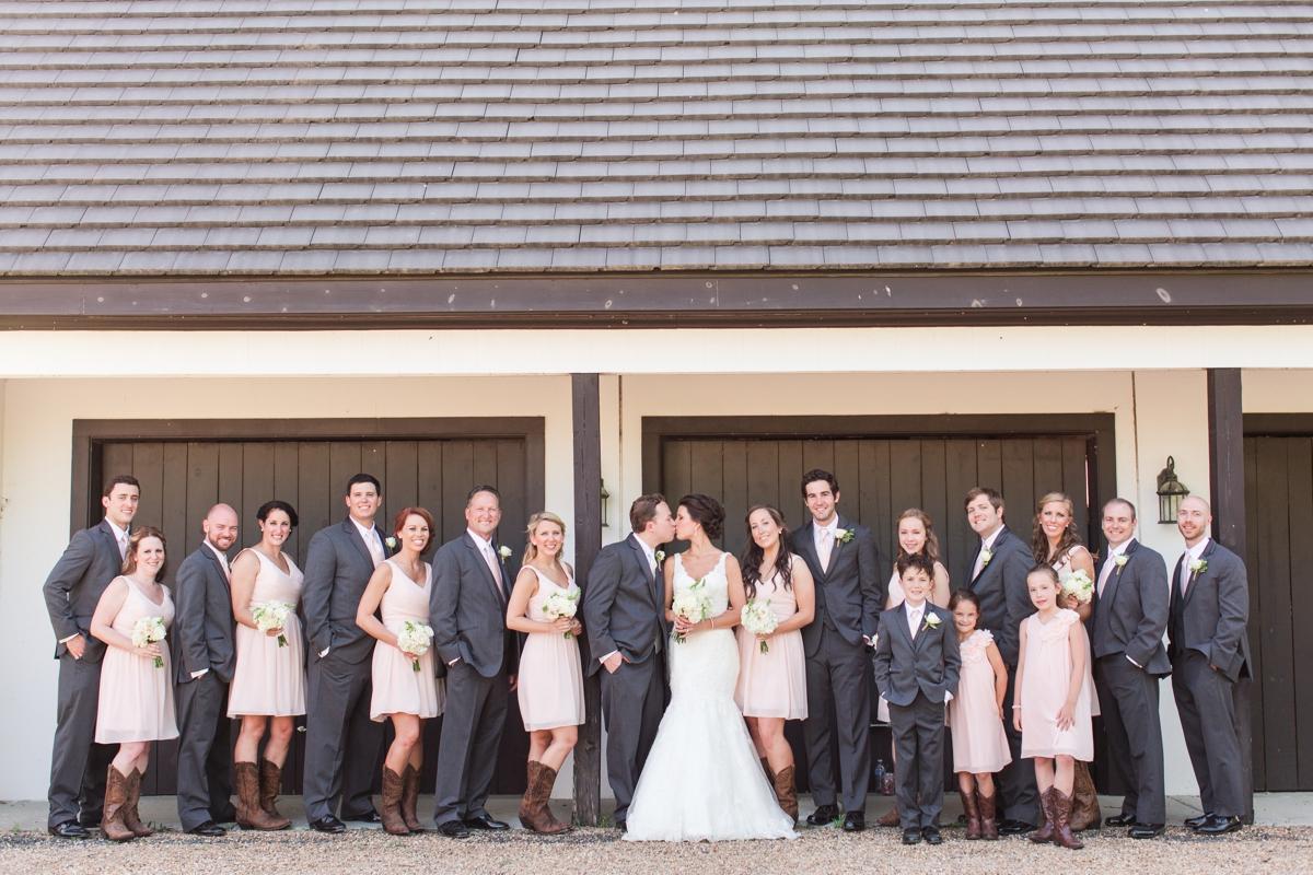 A Blush Colored Rustic Williamsburg Winery Wedding Photo_1005