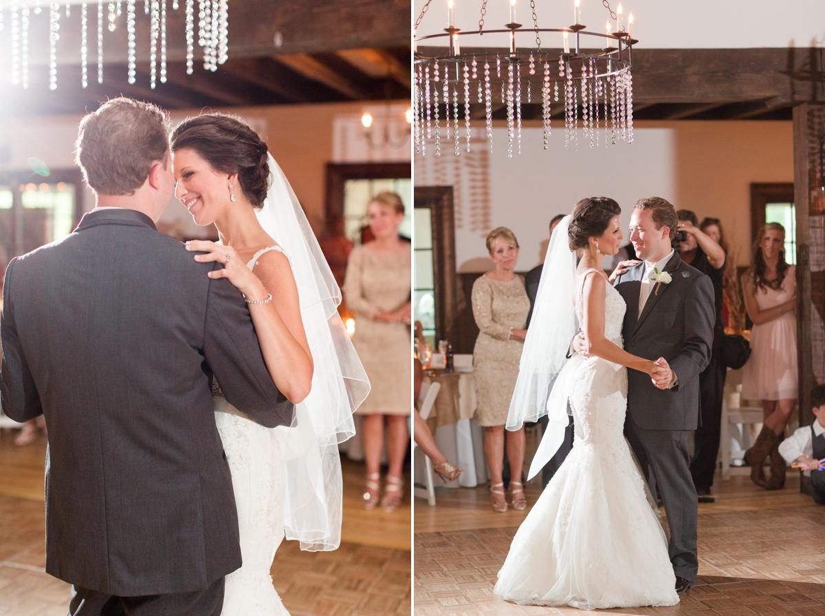 A Blush Colored Rustic Williamsburg Winery Wedding Photo_1040