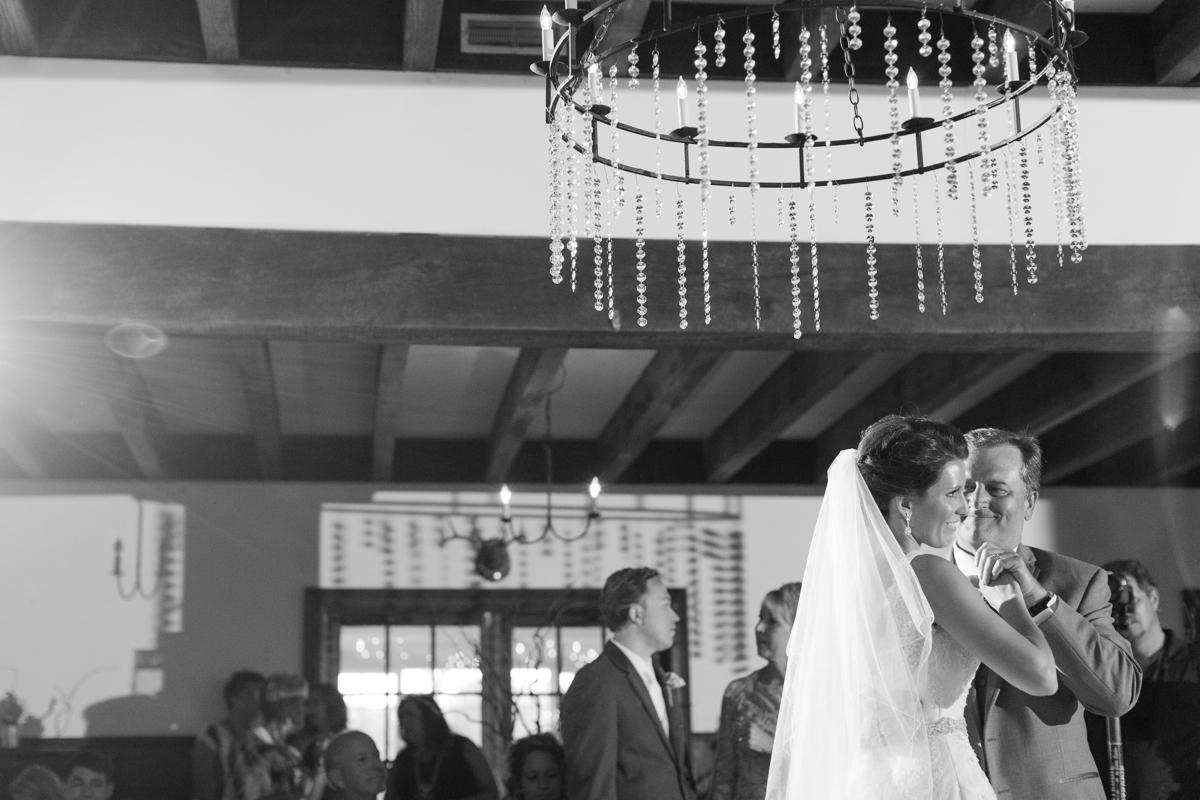 A Blush Colored Rustic Williamsburg Winery Wedding Photo_1043