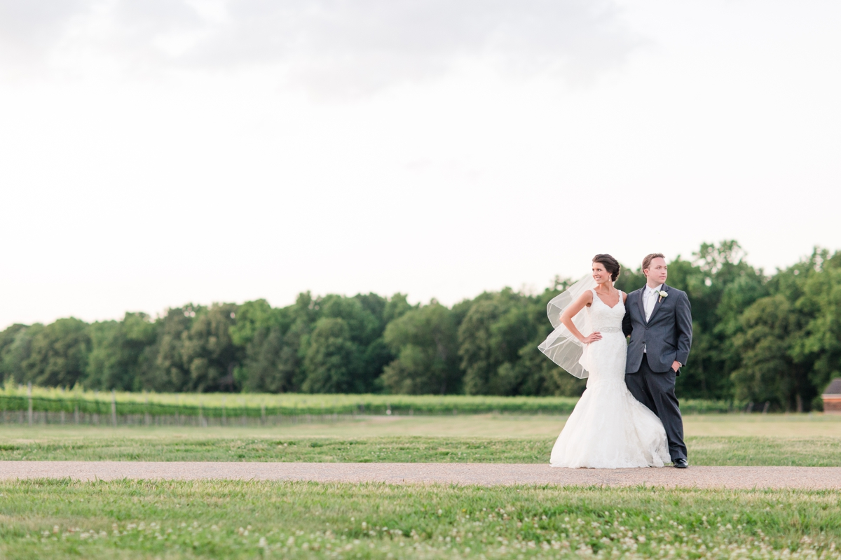 A Blush Colored Rustic Williamsburg Winery Wedding Photo_1055