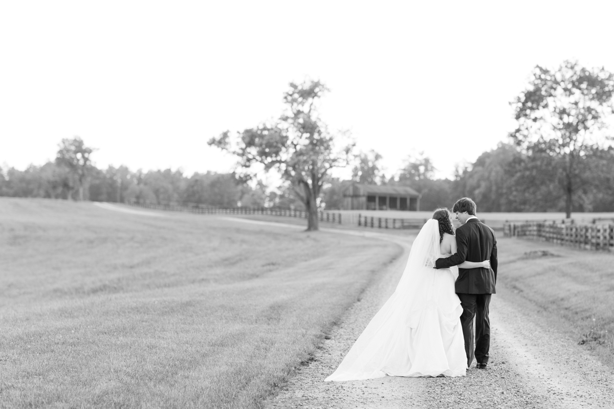 A Scottish Inspired Charlottesville Wedding at Oak Ridge Estate Photos_1280