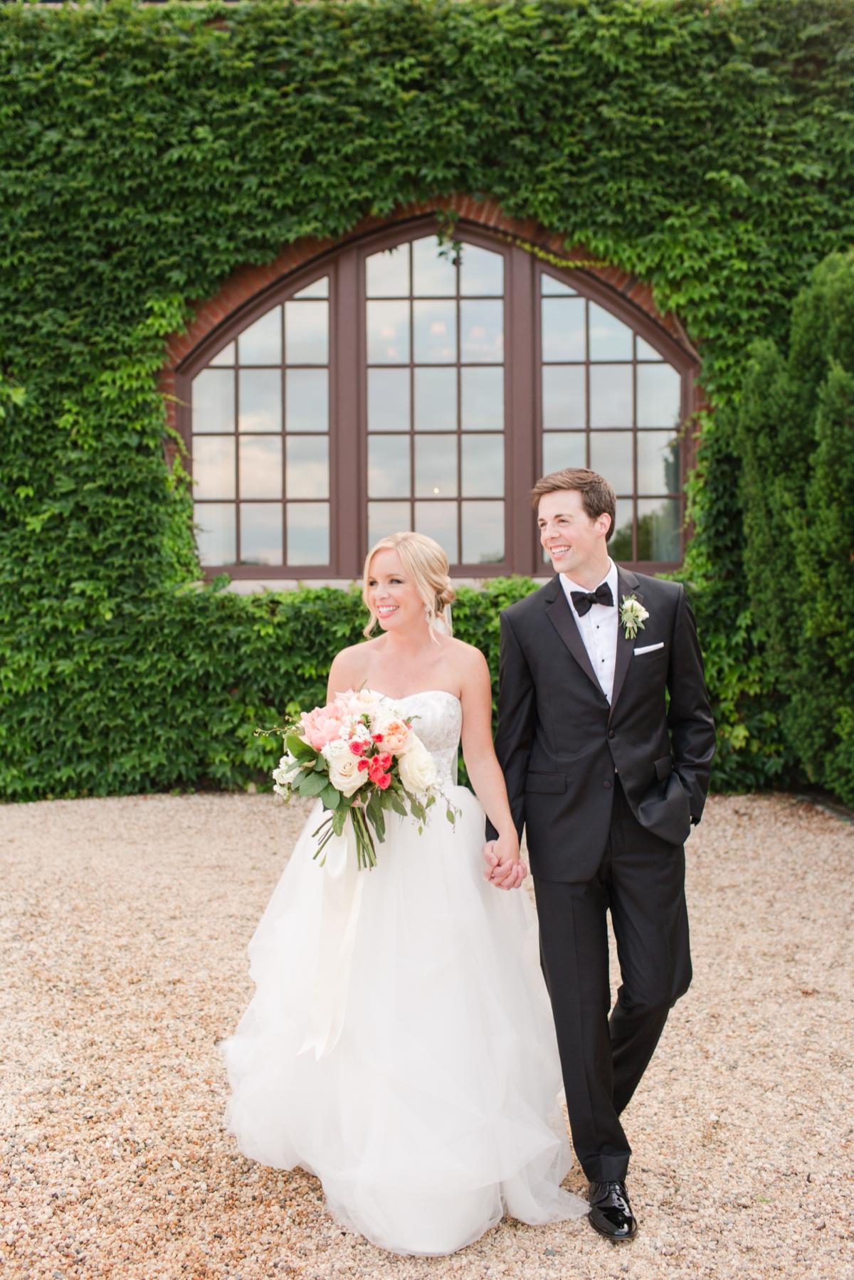 An Elegant Country Estate Wedding at Dover Hall Photos_1684