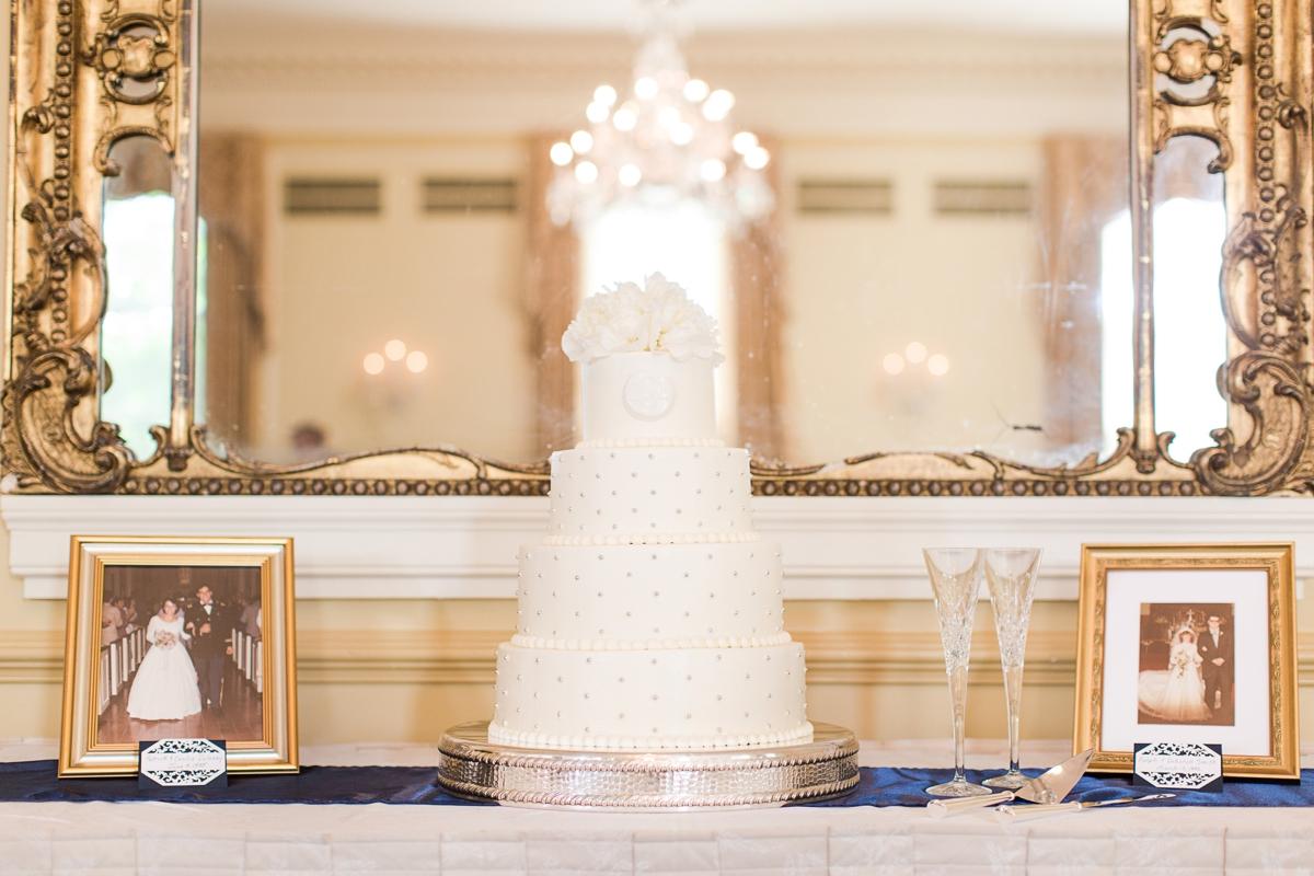 Classic Farmington Wedding Venue in Charlottesville Virginia Photos_1443