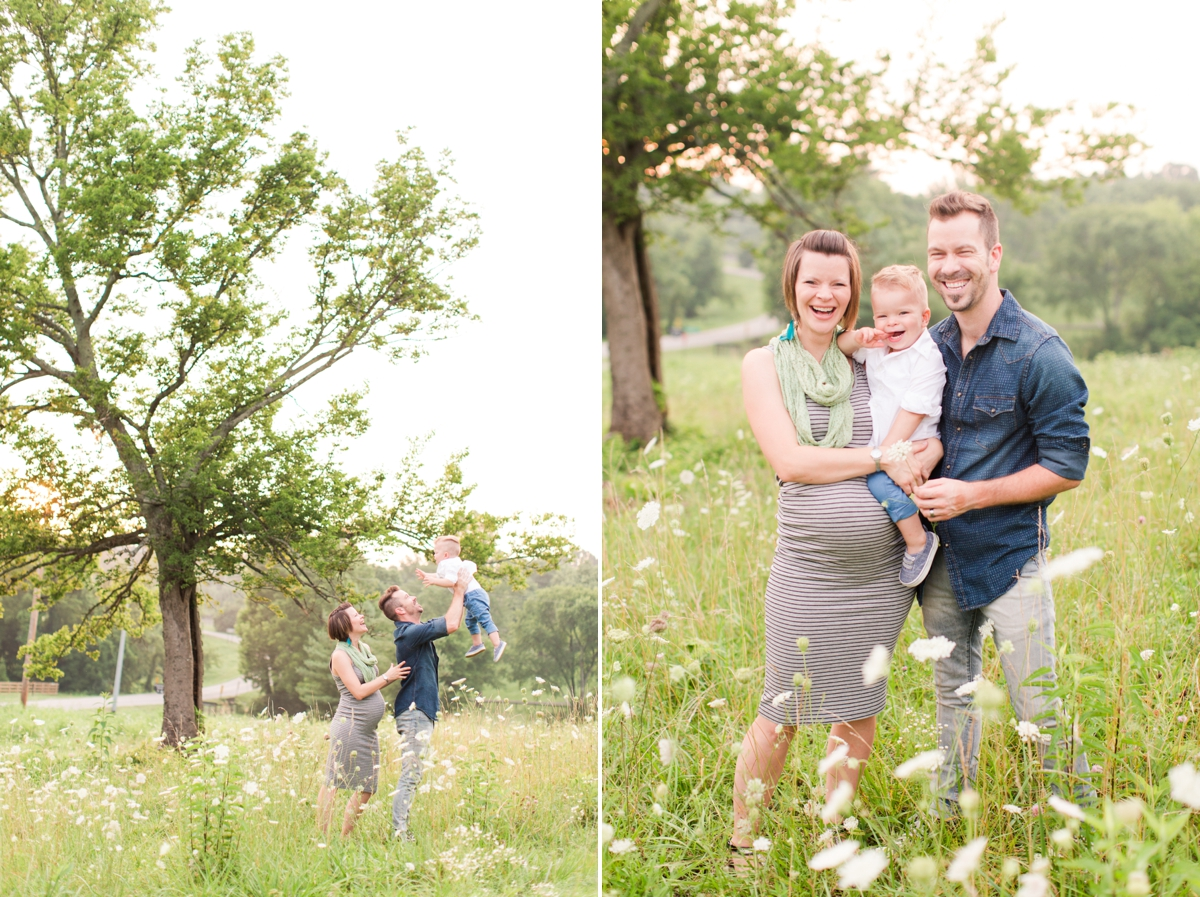 beautiful natural light family portraits in a field_1583