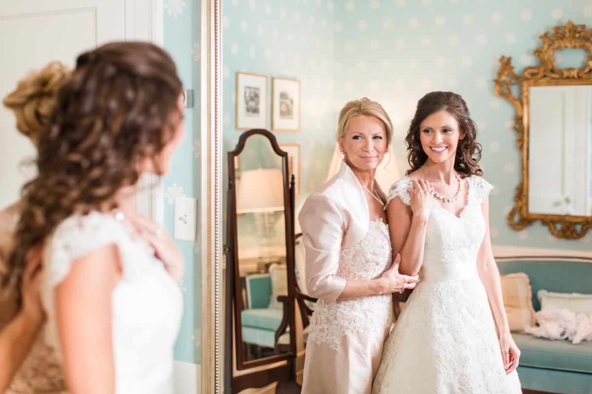 A Classic Country Club of Virginia Wedding in Richmond Virginia Photos_2100