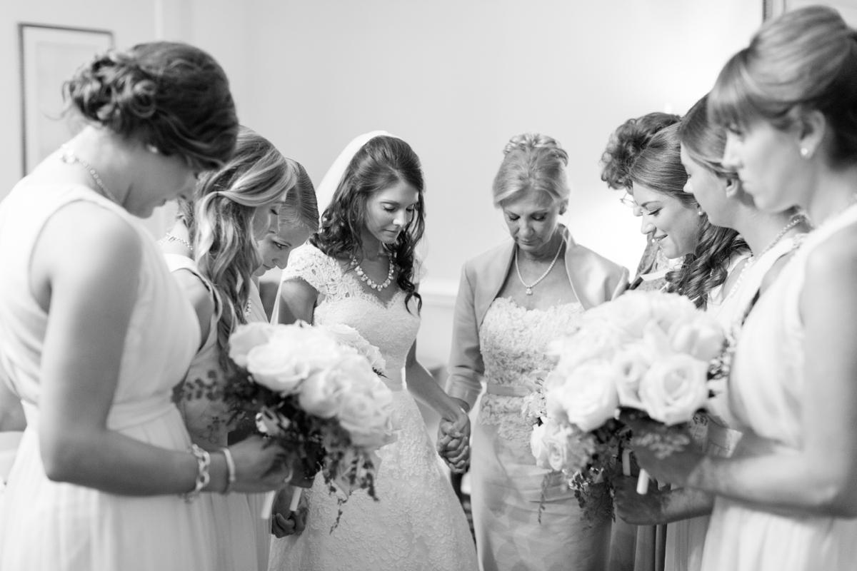 A Classic Country Club of Virginia Wedding in Richmond Virginia Photos_2124