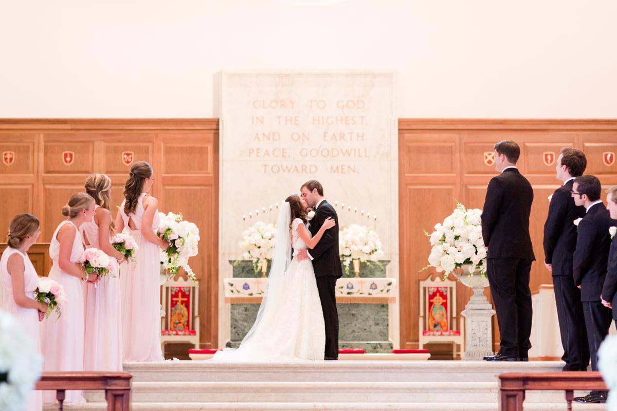 A Classic Country Club of Virginia Wedding in Richmond Virginia Photos_2138