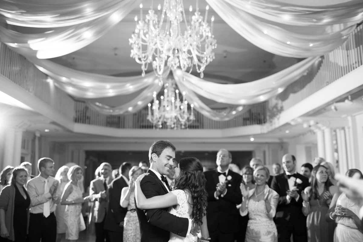 A Classic Country Club of Virginia Wedding in Richmond Virginia Photos_2217