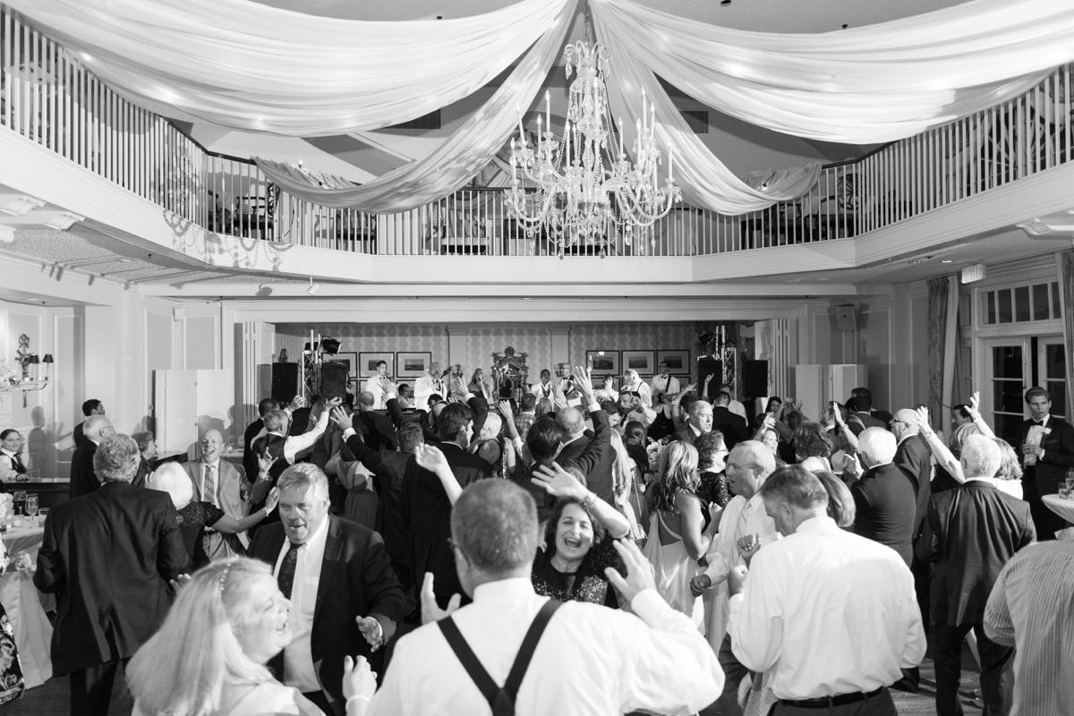 A Classic Country Club of Virginia Wedding in Richmond Virginia Photos_2225