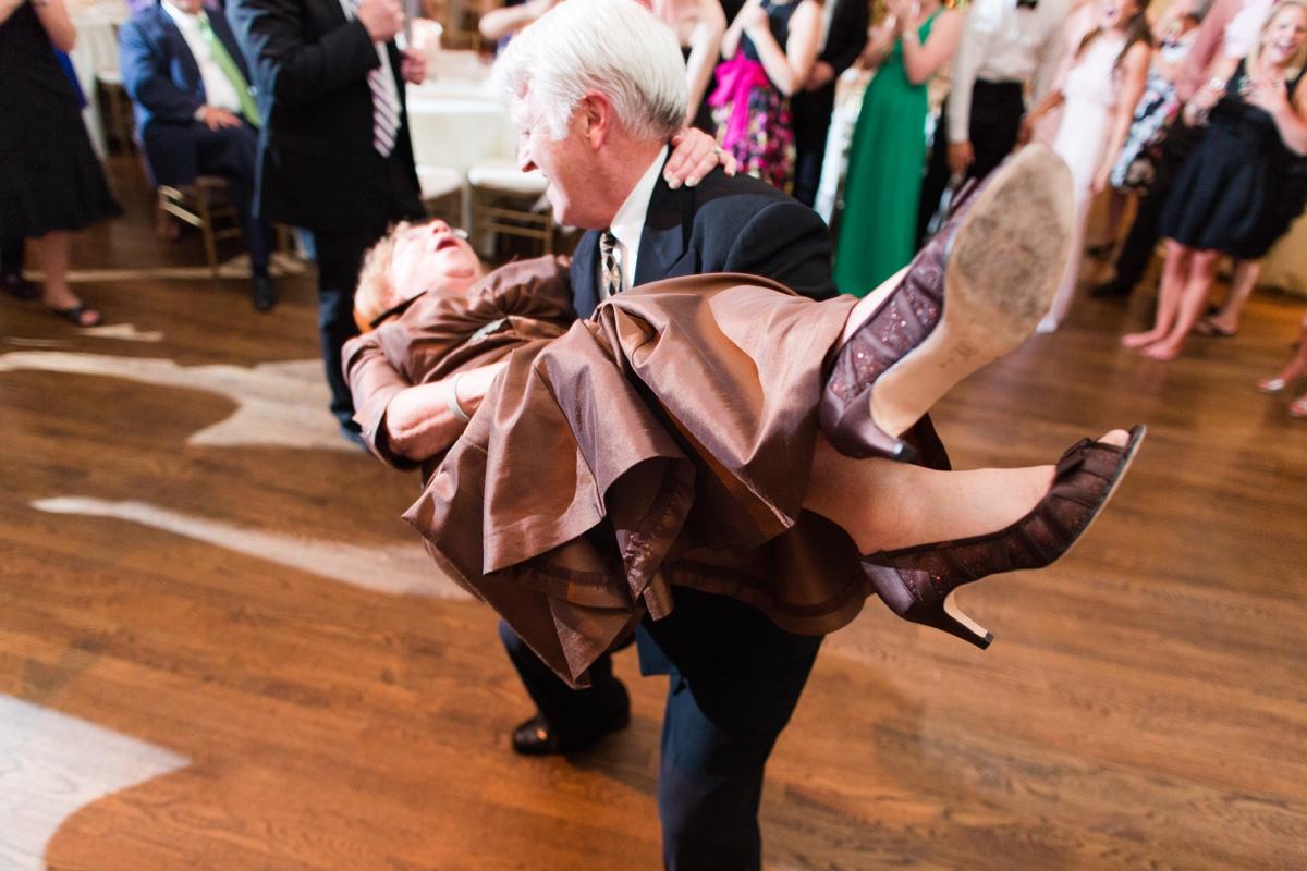 A Classic Country Club of Virginia Wedding in Richmond Virginia Photos_2227