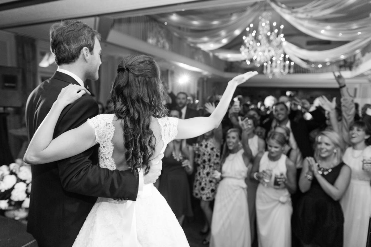 A Classic Country Club of Virginia Wedding in Richmond Virginia Photos_2232