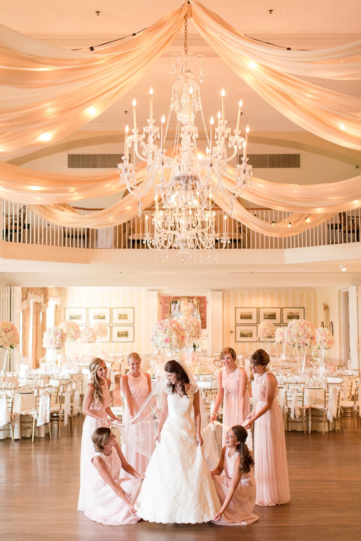 A Classic Country Club of Virginia Wedding in Richmond Virginia Photos_2239