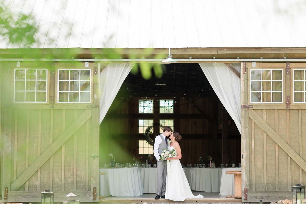 Big Spring Farm Barn Wedding photos barn venue_1884