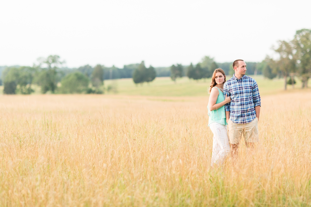 Summer Bull Run Winery Engagement Photos_1799
