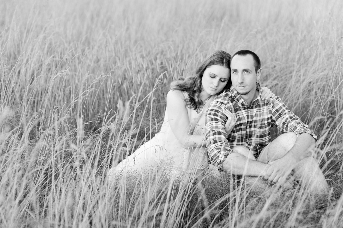 Summer Bull Run Winery Engagement Photos_1803