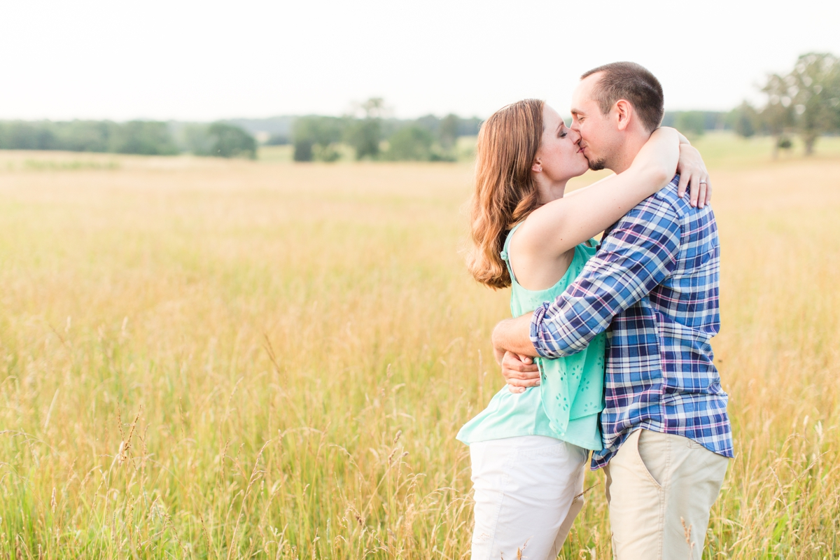 Summer Bull Run Winery Engagement Photos_1805