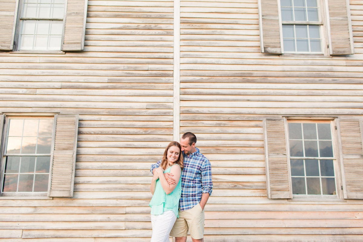 Summer Bull Run Winery Engagement Photos_1810