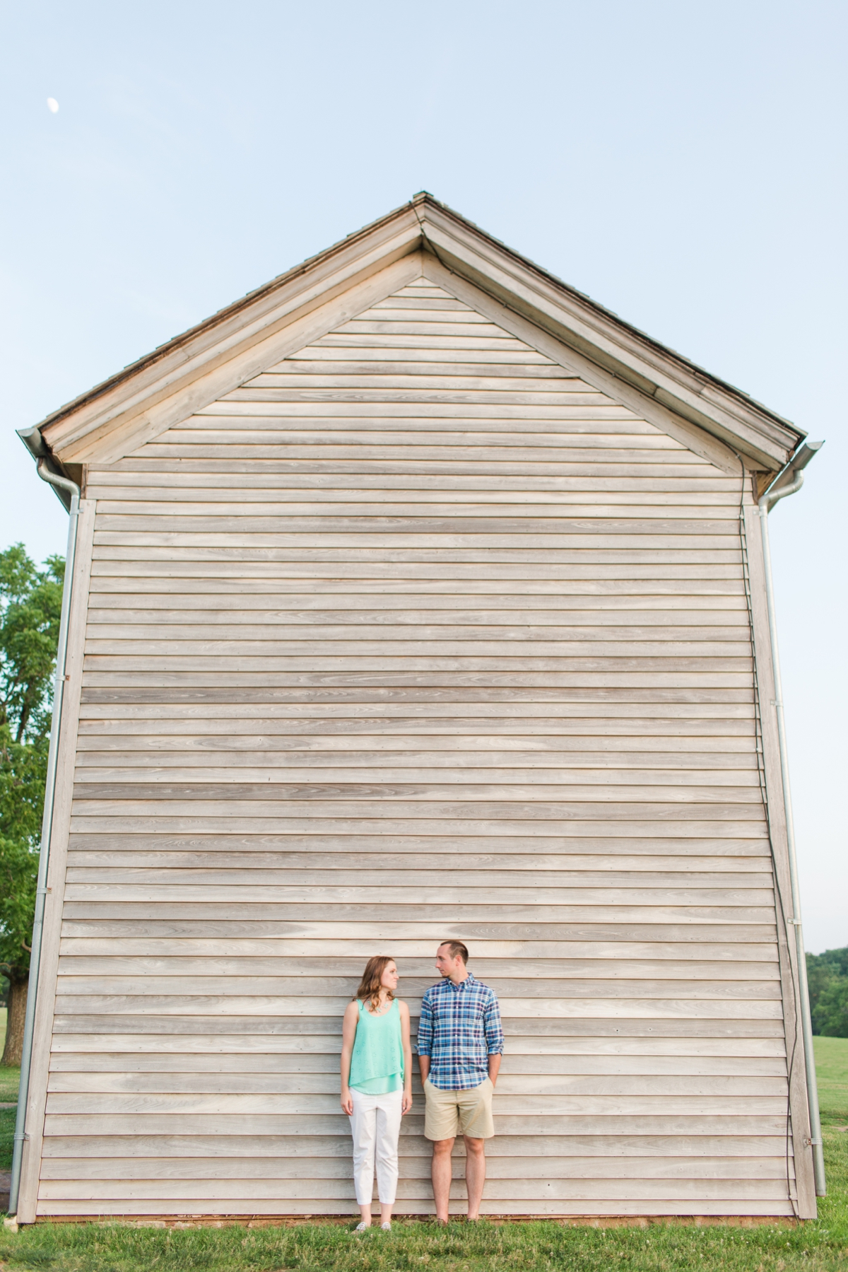 Summer Bull Run Winery Engagement Photos_1811