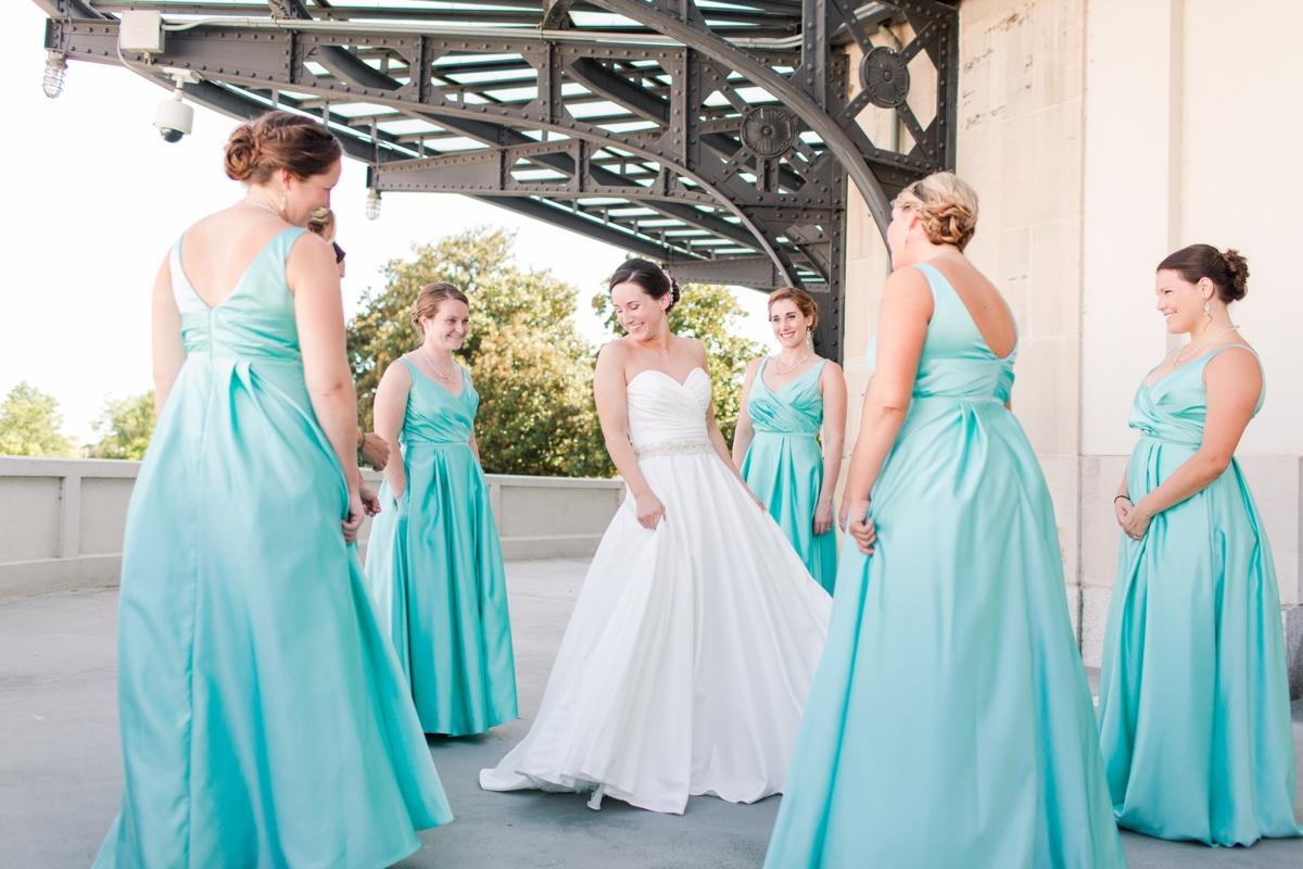 A Summer Science Museum Wedding in Richmond, Virginia_2711