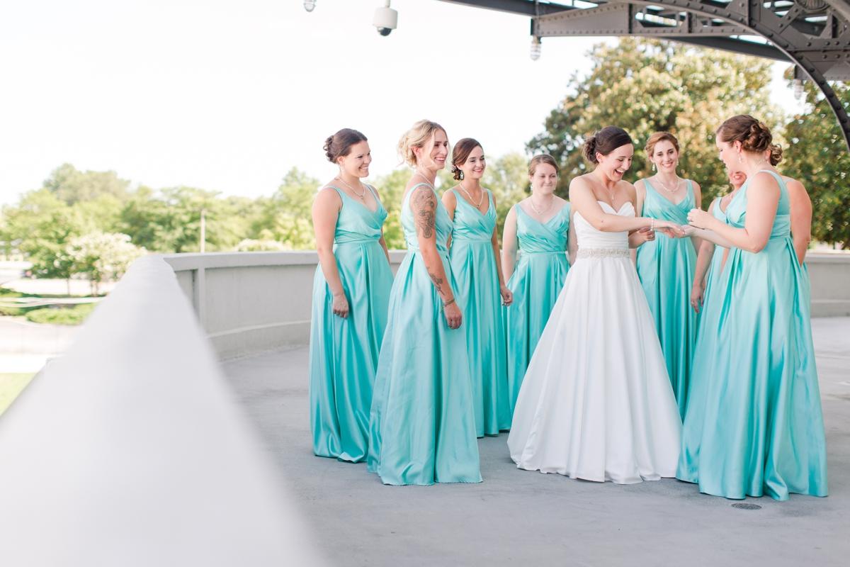 A Summer Science Museum Wedding in Richmond, Virginia_2714