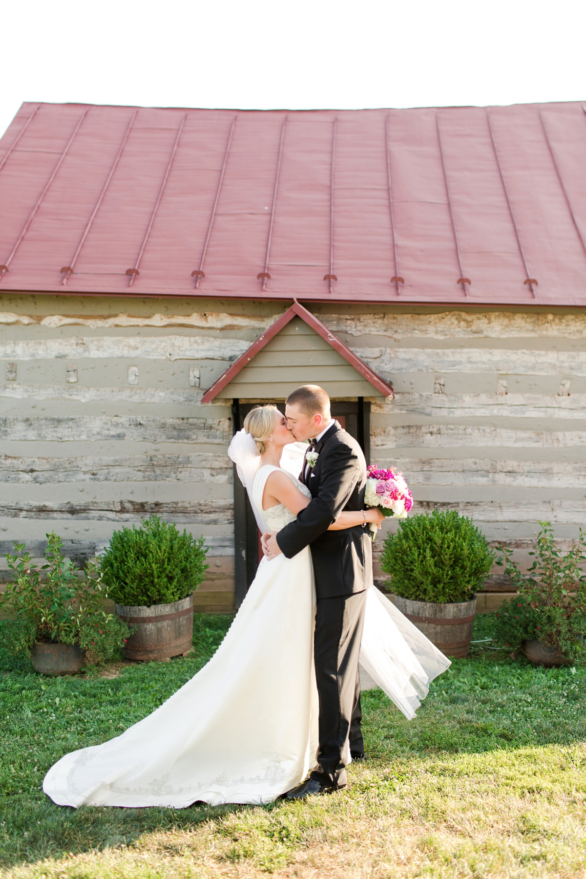 Riverside On the Potomac Barn Wedding Photos. DC Barn Wedding. DC Farm Wedding. Outdoor Ceremony, Indoor Reception.