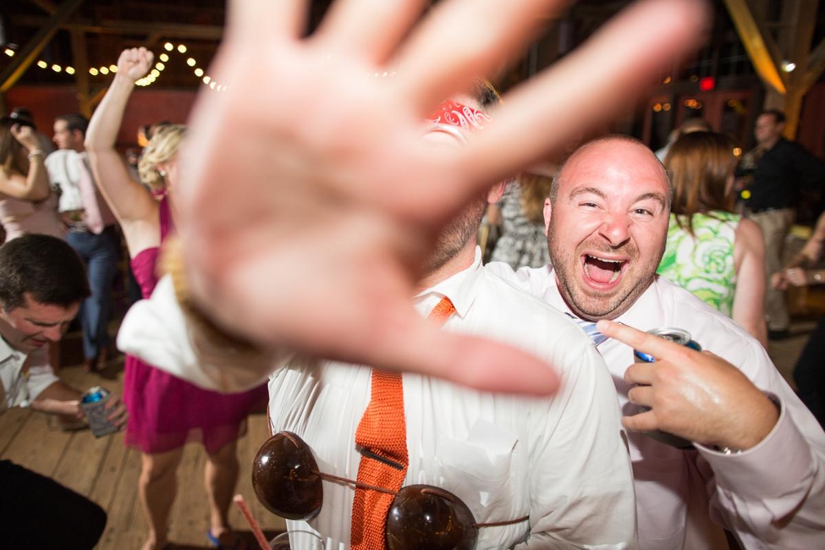 Riverside On the Potomac Barn Wedding Photos_3113
