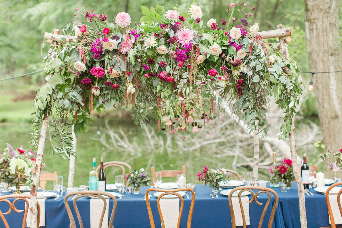 outdoor dinner under the stars with floral chandelier_5665