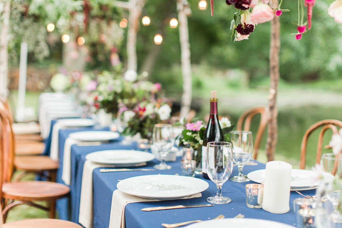 outdoor dinner under the stars with floral chandelier_5667
