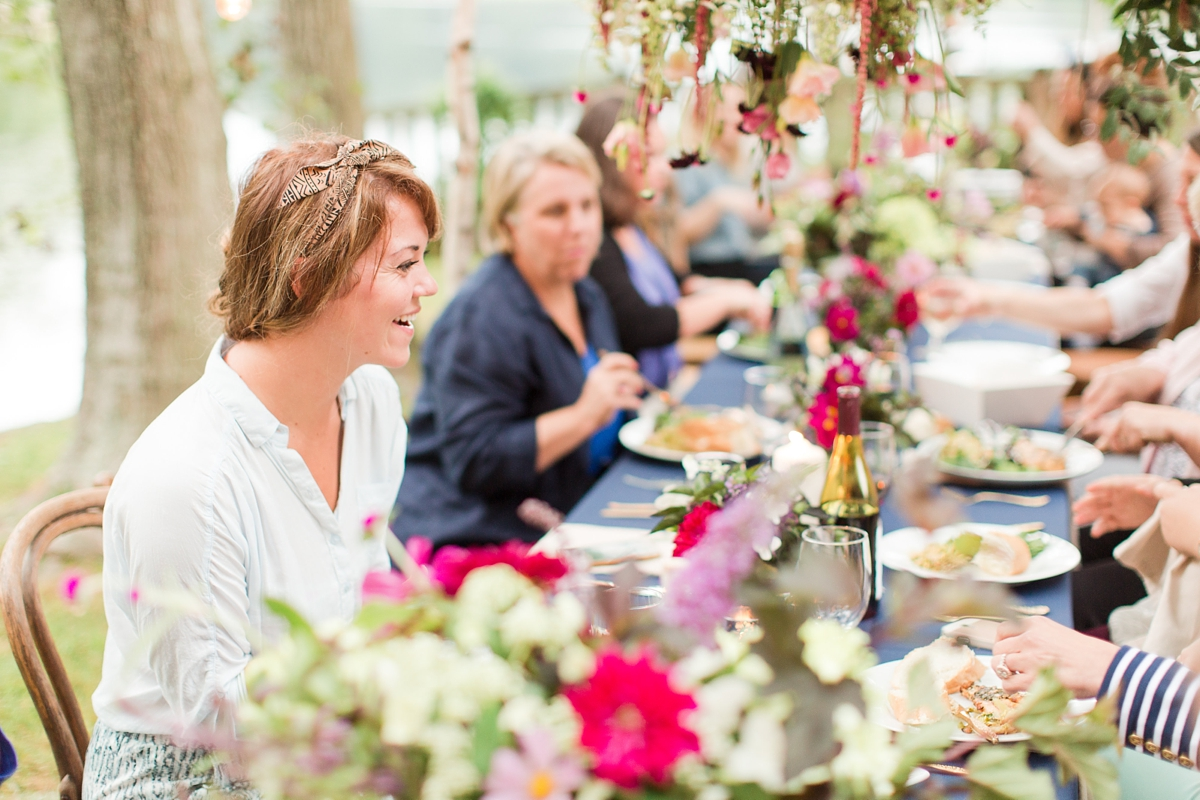 outdoor dinner under the stars with floral chandelier_5675