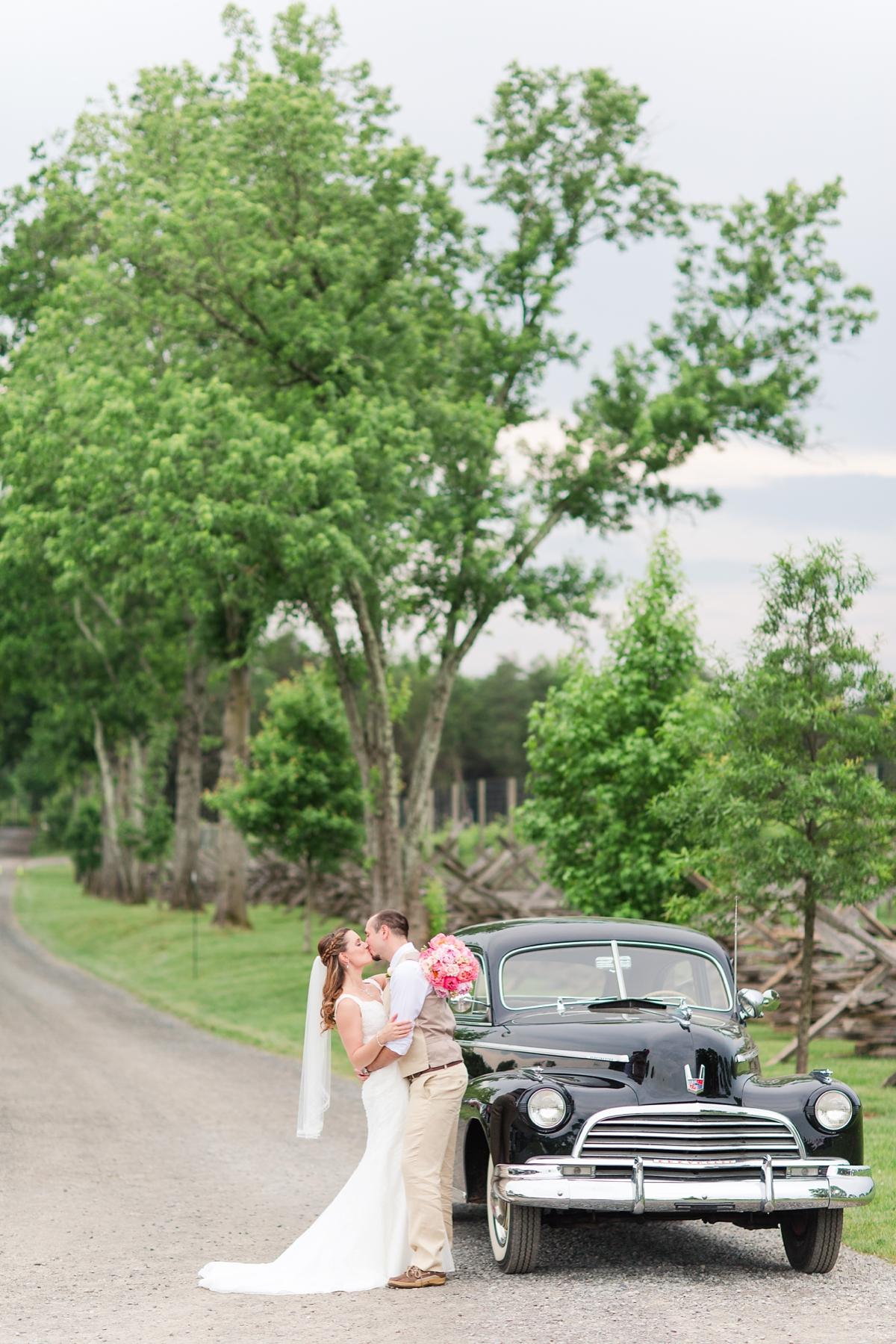 A Bull Run Winery Wedding | DC Wedding Photographer_1439