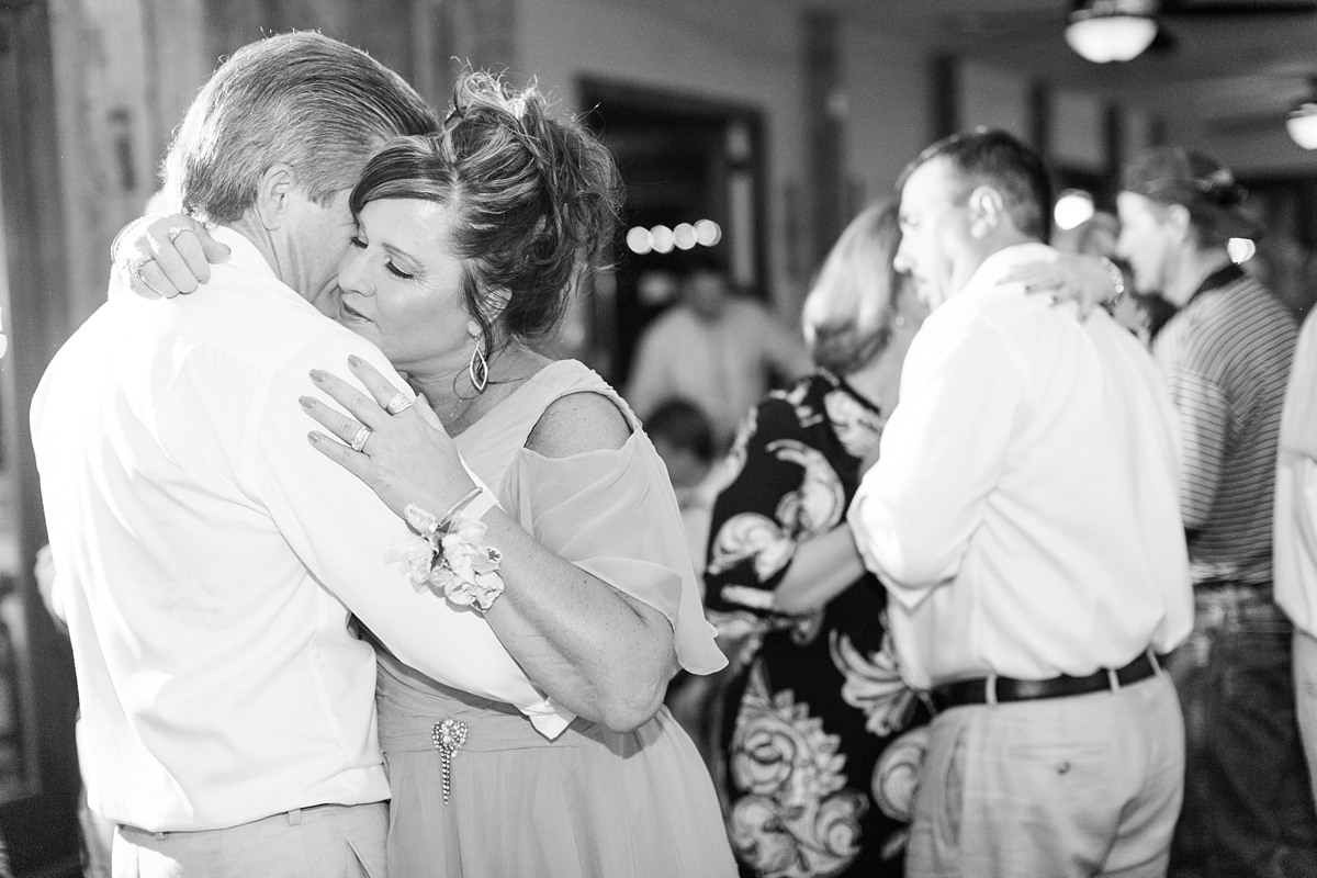 A Bull Run Winery Wedding | DC Wedding Photographer_1462