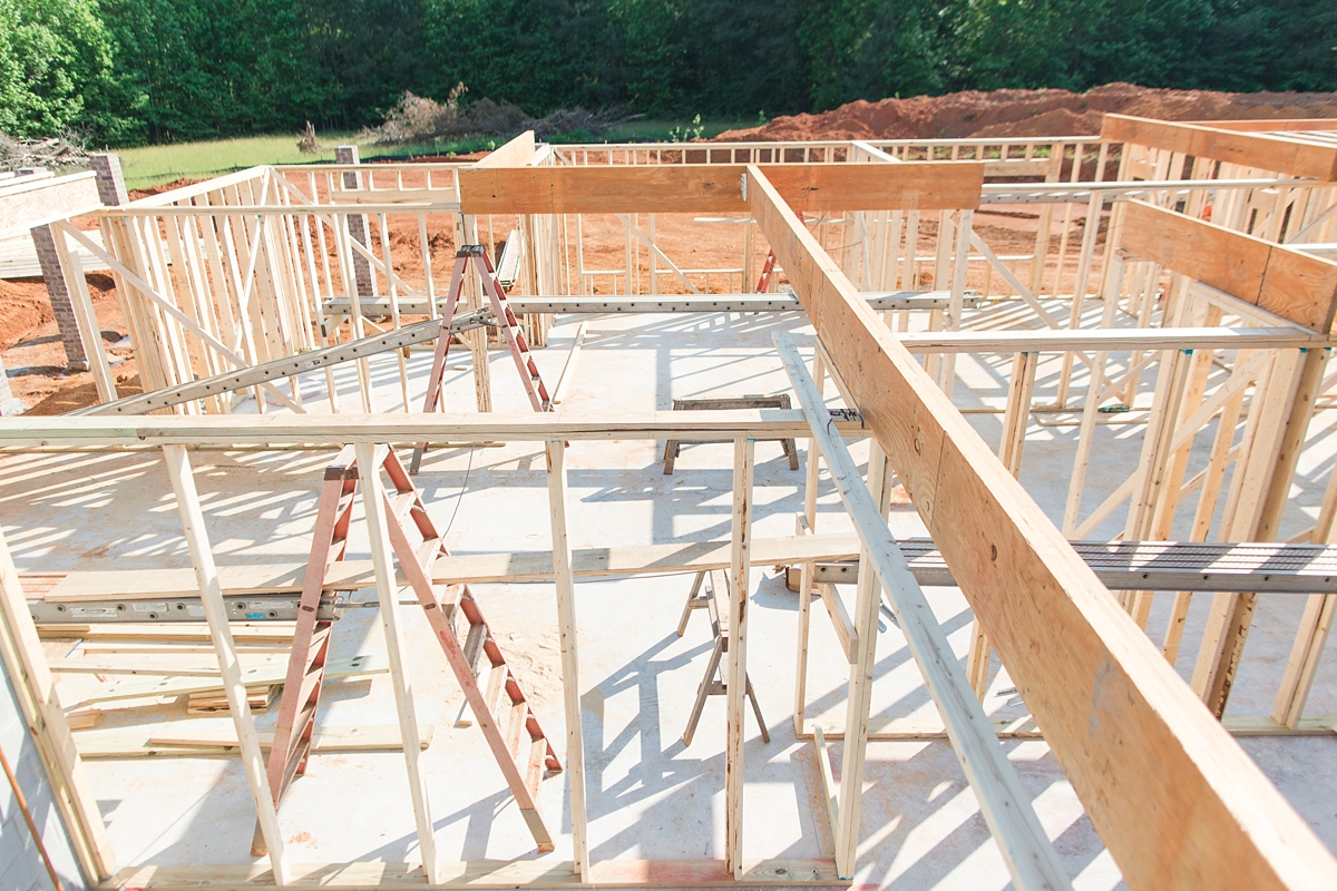 the first steps of custom building_1573