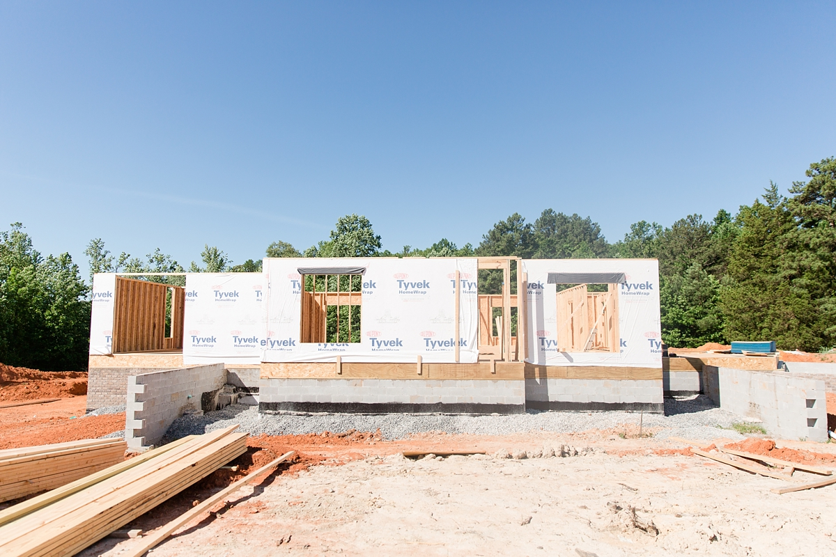 the first steps of custom building_1582