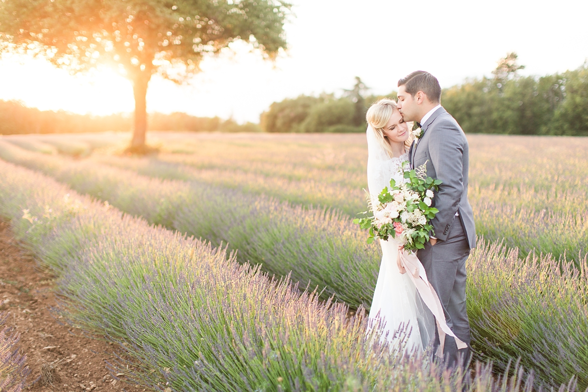 wedding portraits in frenchlavender fields in provence, Franve by photographer Katelyn James_1798