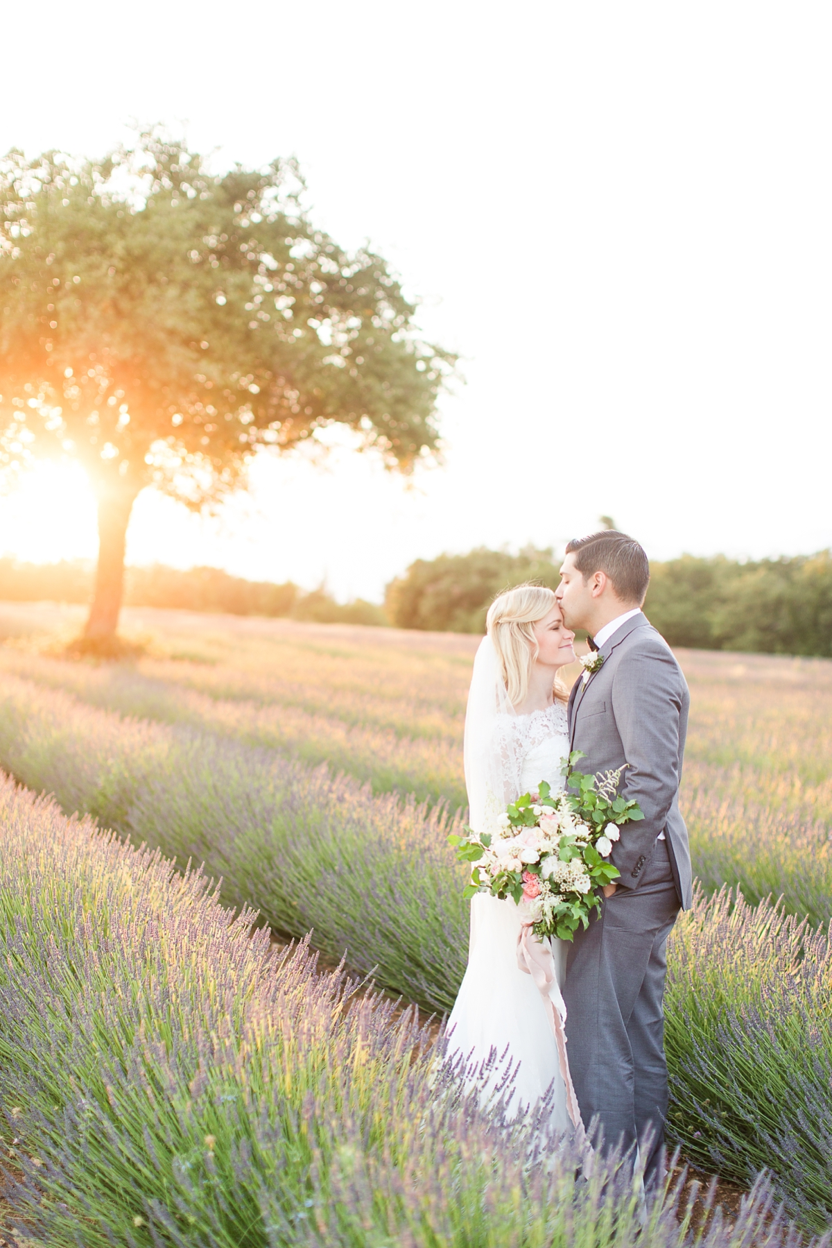 wedding portraits in french lavender fields in provence, Franve by photographer Katelyn James_1799
