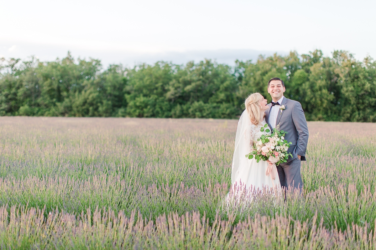 wedding portraits in frenchlavender fields in provence, Franve by photographer Katelyn James_1827
