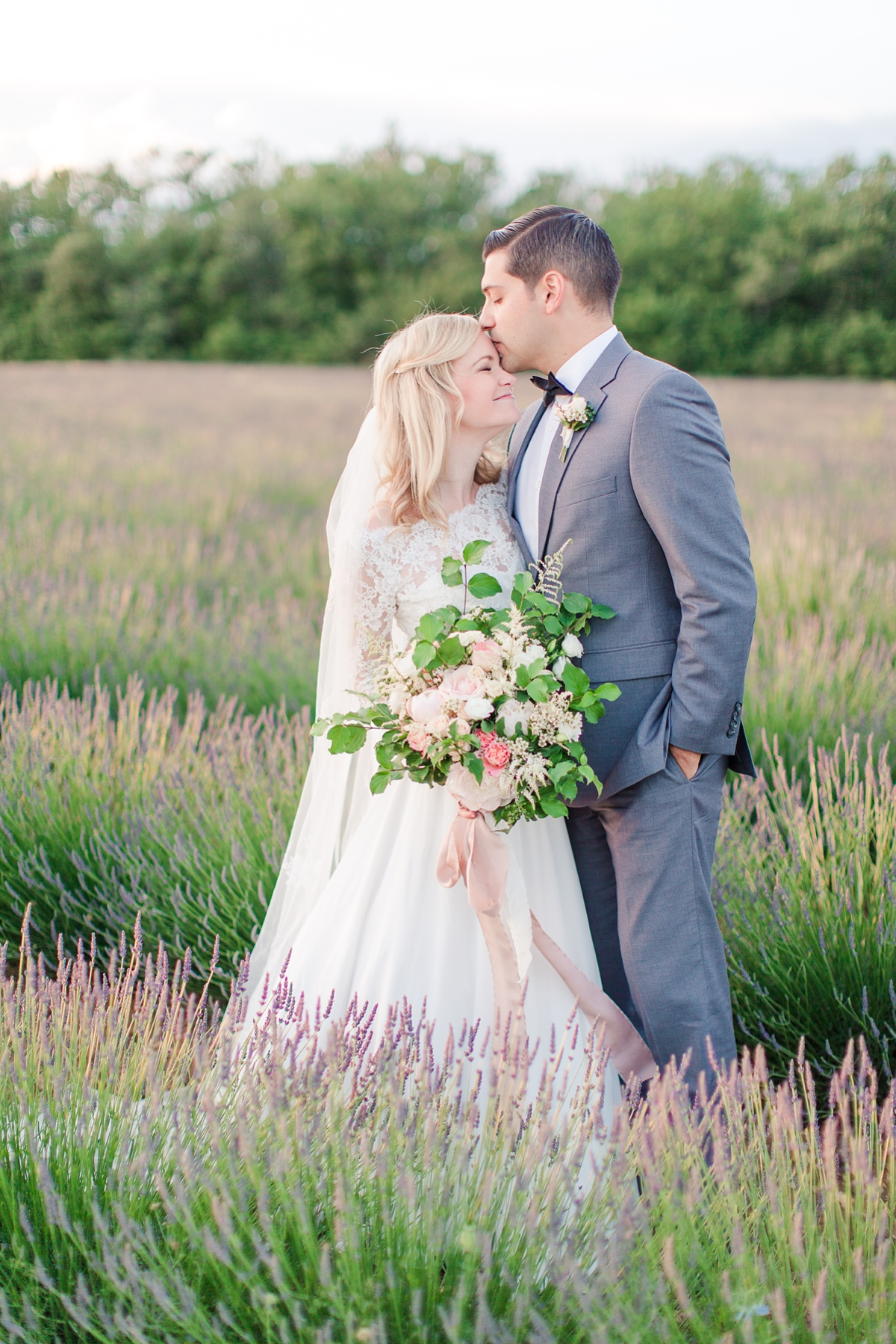 wedding portraits in french lavender fields in provence, Franve by photographer Katelyn James_1828