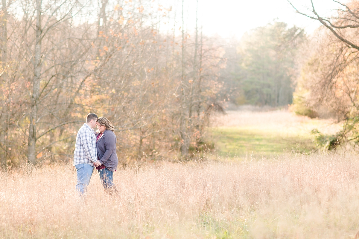 countryside-engagement-pictures-in-goochland-va_4383