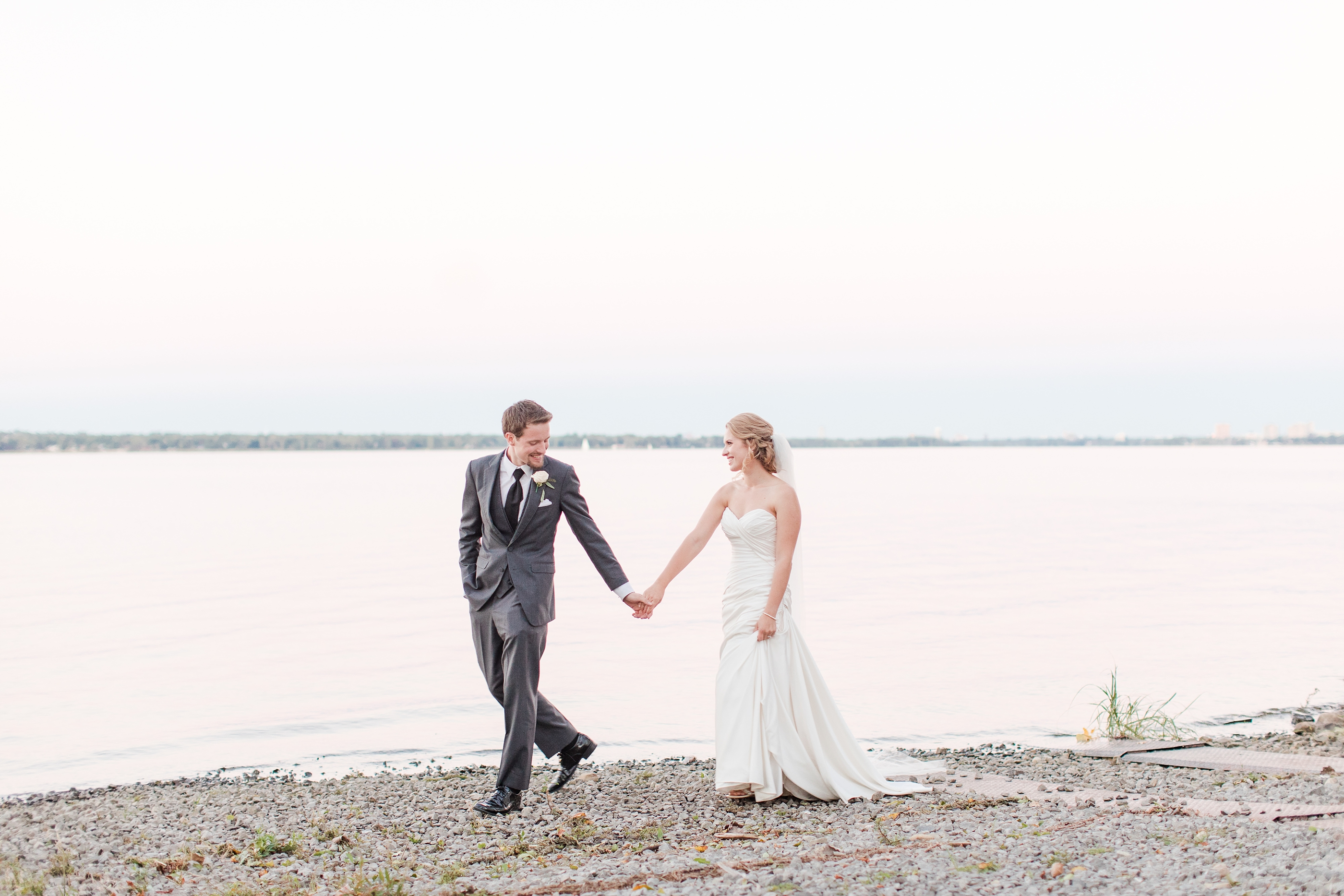 lakeside destination wedding_3838